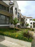 Brookside 4 bedrooms villas/townhouse for sale