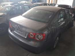 Vw Jetta 5 1.6i 5spd Manual Stripping for Spares