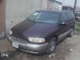 Is Nissan quest 2000 mudel