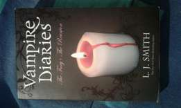 2 × Vampire Diaries Books