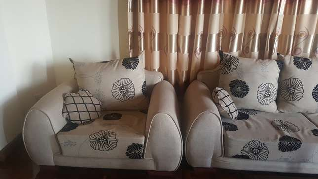 7 Seater Sofa for sale - 1.5 years old only Westlands - image 2