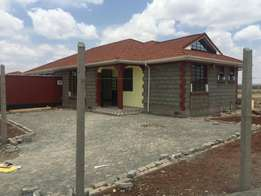 Spacious 3 bedroom bungalows for sale in Acacia, Kitengela on 1/8 acre