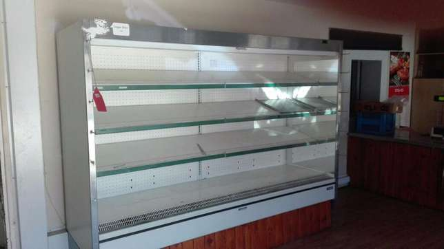 Butchery display units - excellent condition!! Brackenfell - image 2
