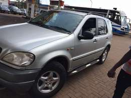Silver Ml 320 mercedese benz