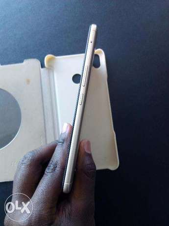A+ condition 3 months old Tecno cx air on offer Nairobi West - image 2