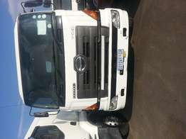 2010 Hino Water Tank for sale!