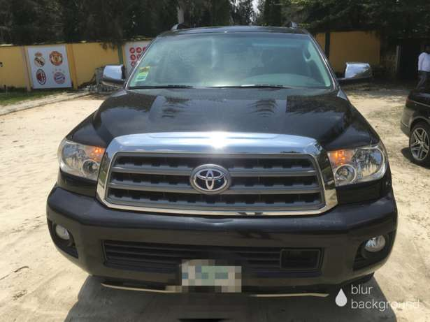 2014 Toyota Sequoia Limited bought brand new Lekki - image 1
