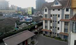 3bedroom apartment for sale at Kilimani next to yaya center
