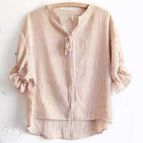 Quality Striped Flowy Top For Ladies in Size Large