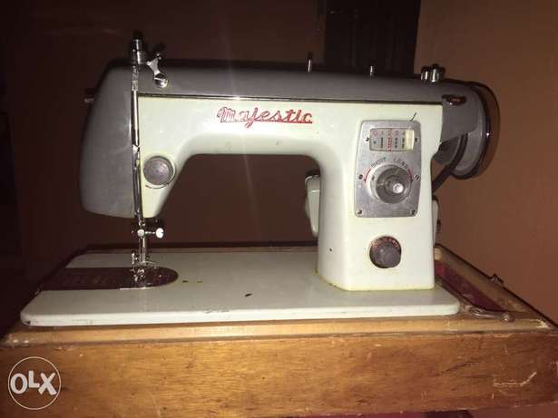 2-in-1 Sewing Machine (Electric and Manual) Ogba - image 1