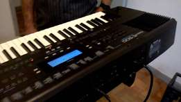 music keyboard E500 RD