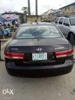 Well maintained Registered HYUNDAI SONATA 2006 Model available for sal