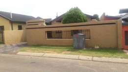 R2700 3 Bedroom House for Rent in Primville Zone 2 Soweto