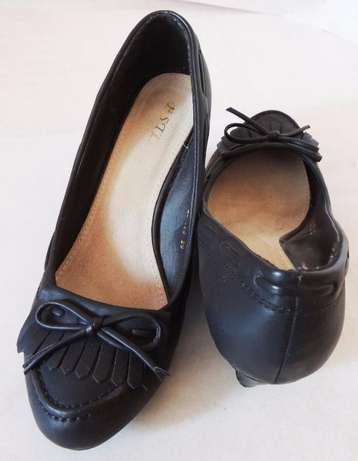 Black official wedge heel (VJ Collections) Ruaka - image 2