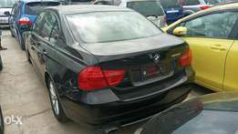 BMW 320i 2010 model. KCP number Loaded with Alloy rims, good music sy