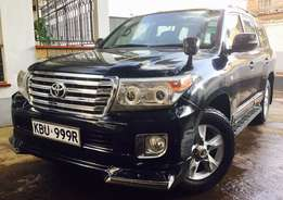 Toyota Land Cruiser V8 For Quick Sale 2008, 8 Seats Asking 4,450,000/=