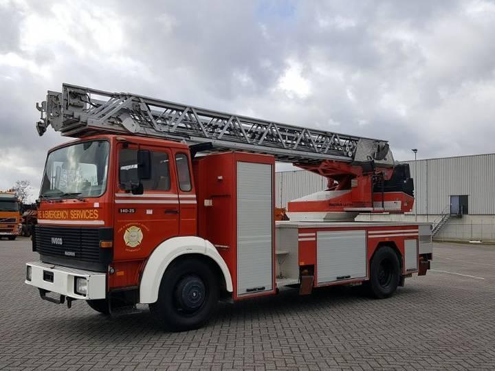 Iveco Magirus 140-25 Ladderwagen Brandweerwagen 24 meter - 1988