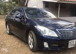 New Toyota crown up for grab!
