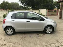 toyota yaris for sale R23.500