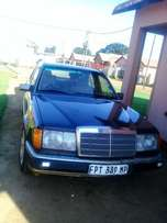 MERCEDES BENZ 220e FOR SALE AT R19000.00 (Nineteen thousand rand)