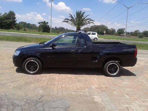 2008 Opel Corsa Bakkie 1.9TDI For Sale R59000 Is Available Benoni - image 2
