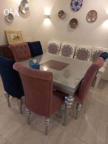 For sale semi-new dining room