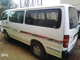 First grade Toyota Hiace bus new engine new tires nothing to work