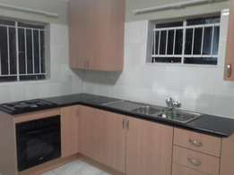 Neat bachelor flat to rent in Capital Park
