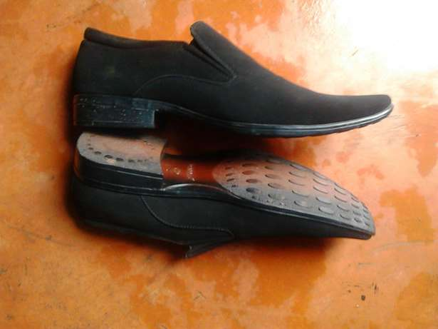 Brand new shoes Meru Town - image 2