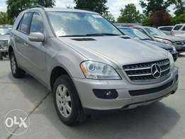 Distress sale! Clean Mercedes Benz ML350 imported in October