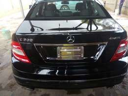 Toks 08 Benz C300,cash needed asap