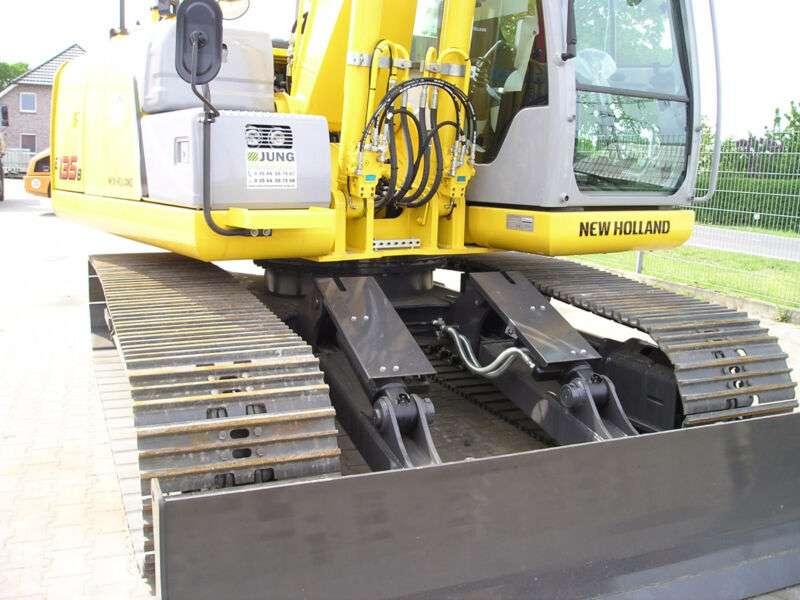 New Holland E135b - 2014 - image 3