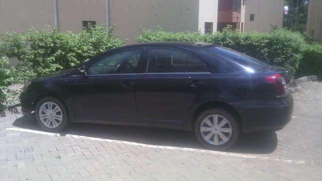 Lady owned Toyota Avensis for Sale! Embakasi - image 1