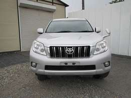 Excellent year 2010 Toyota Prado