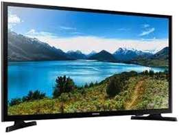 Samsung tv 50'' digital available now