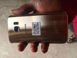 New Gold Samsung Galaxy S7 for sale