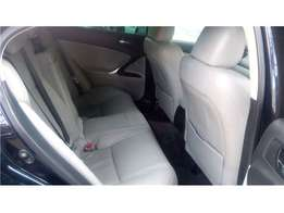 Lexus Is 250,2007 leather beige interior.