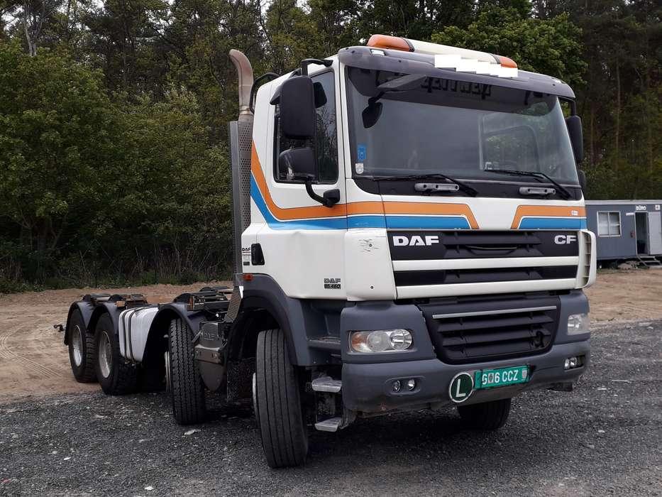 DAF CF 85.460 8x4 Kipper - 2009 - image 2