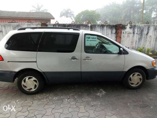 Toks lag cleared 02 toyota sienna LE for N1.750 Bariga - image 2