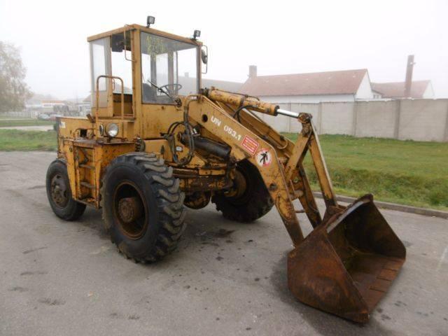ZTS UN 053.1(ID10595)  wheel loader - 1989