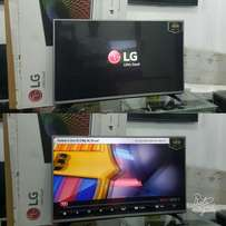 Brand New boxed 32inches LED LG screen