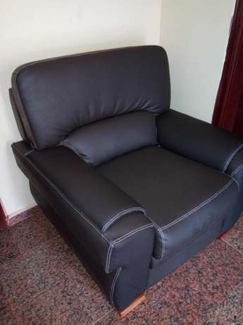 Chair 7 in 1 seaters Anambra East - image 5