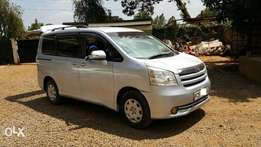 Toyota Noah Awesome valvematic Condition New shape