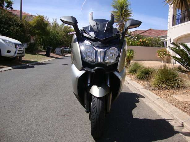 2012 BMW C 650 GT - Only 8,000 Kms Bellville - image 5