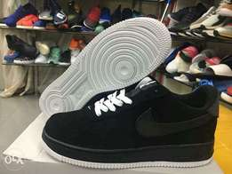 New Black Air Force One Sneakers Nike