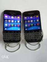 Spotless BlackBerry Classic with Android Whatsapp