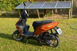 Gomoto URBAN 125CC Scooter FOR SALE