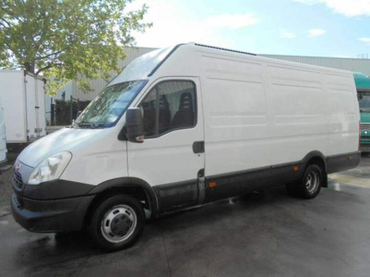 Iveco Daily 40c15 - 3.0 Hpi Maxi Kuhlkastenwagenu002FEuro5 - 2014
