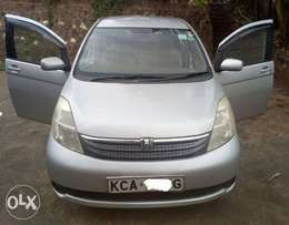 Toyota ISIS, Silver, 2000cc, AT, yr 2007, Lady-Used