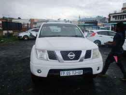 Nissan navara 1.5 dci double cab 2014 Model,5 Doors factory A/C And C/